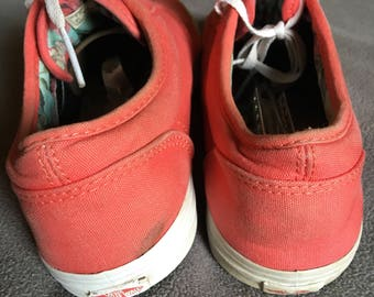 Womens vans size 7 super cute pink tennis shoes used see pics