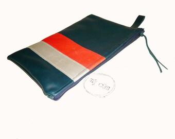 Lined linen blue lambskin pouch