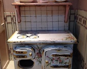 Kitchen pink. Kitchen, hand painted furnitures.