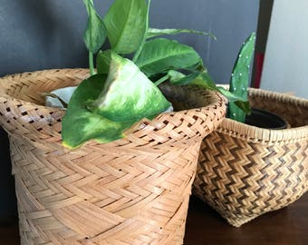Set of 2 woven wicker planter baskets