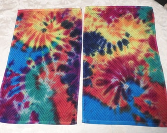 Set Of 2 Tie Dye Dish Towels or Hand Towels    15.00 Free Shipping In The US     2.00 From Sale Will Go To An Animal Rescue Item #41