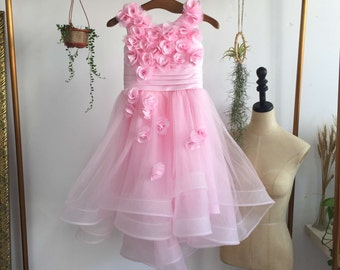 Rose pink Beach Wedding Dress with Sweetheart Neckline and Tulle Skirt