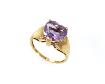 Heart of Amethyst 10K Vintage Ring - 9002