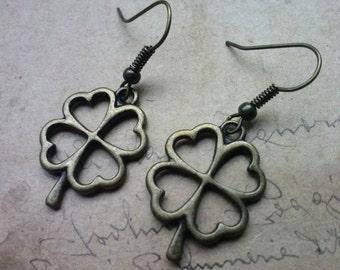Four-leaf clover earrings ~ bronze ~.