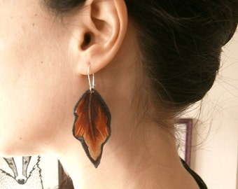 Earrings, leaf earrings. Leather and painted fabric.
