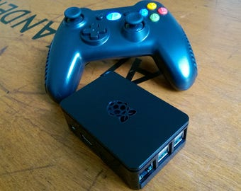 Retro Game Console 128GB over 6400 games + 150 PS1 PSX games. Choose from 18 different designs of console case