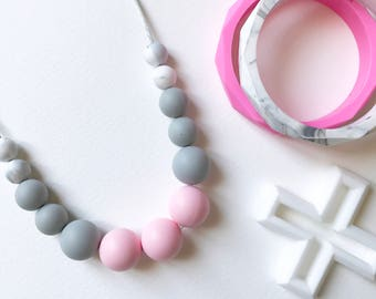 MAIA Teething Necklace in PINK | Silicone Necklace | Baby Shower | Gift | Mum jewellery