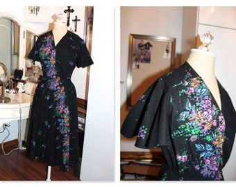 Vintage Black multi placement floral dress with flutter sleeves.
