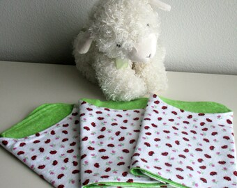 Sale Priced Ladybug Burp Cloth Set, Contoured Burp Cloths, Flannel Burp Cloths, Baby Shower Gift, Baby Boutique, Girl Burp Cloths