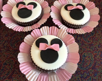 12 Minnie Mouse Edible Cupcake Toppers