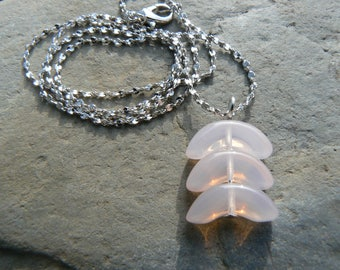Pale pink glass bead necklace
