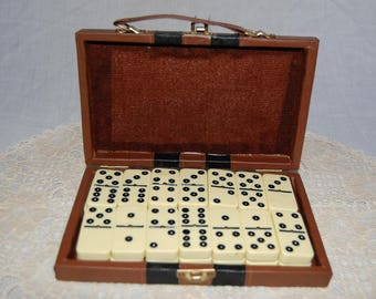 Sale Vintage catalin /bakelite/ plastics double six dominos with spinners set in brown vinyl travel case