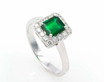 Ring - White Gold 18k/750 - Green Emerald of 1.10 ct. - Diamonds 0.35 ct. - Size 15 (ES)