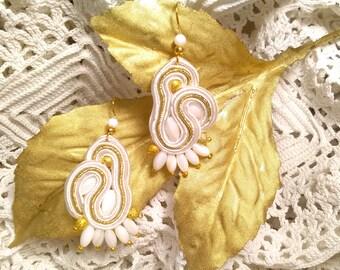 Bride Earrings. Wedding Earrings. Earrings, ma'am. Party earrings. Valentine's Day gift.