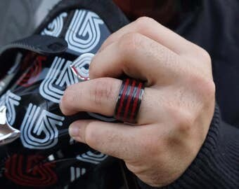Tricolor red carbon fiber ring
