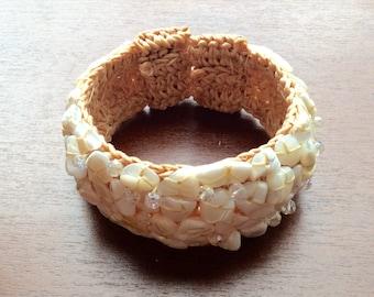 Bracelet: stone, hand-made