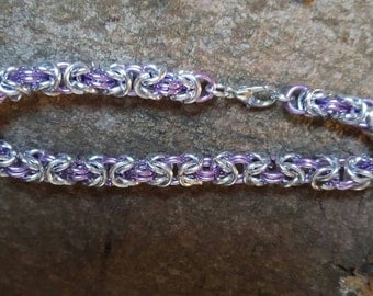 Byzantine chain mail bracelet in silver and lilac colour