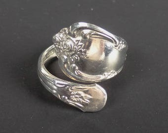 "Vintage  ""WMA"" Rogers Oneida Silver Spoon Ring Size 7 adjustable"