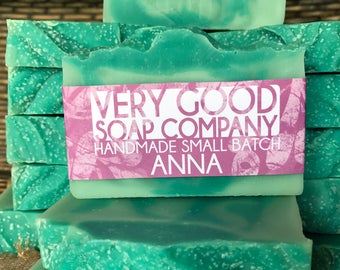 Anna // Eucalyptus Spearmint Soap // Cold Process soap // Handmade Small Batch // Gifts for her // Gifts for him