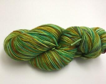 OOAK green & gold - sock/finging yarn