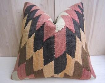 kilim pillow,decorative pillow,home living,home decor,vintage,rustic decor,handwoven pillow,turkish pillow,throw pillow,accent pillow,16x16
