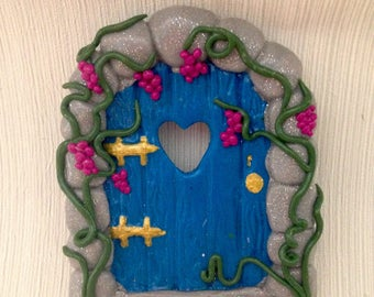 Polymer clay garden fairy door. Fairy garden. Fairy house. Fairy tree.