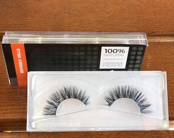 Beverly Hills - Professional eyelashes from USA