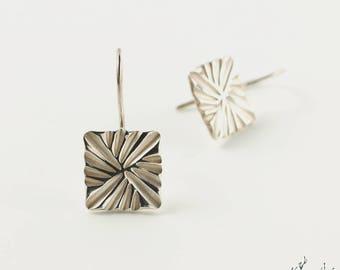 """Dangling earrings in Sterling Silver """"Braiding BO2"""" module square 12 mm - by IrisBiu. Jewelry handmade in France."""