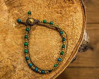 Golden and Emerald bead Stretch Bracelet/bracelet/green/gold