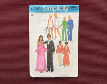 Simplicity 7737 Doll Wardrobe Pattern for Barbie, Others