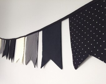 Monochrome double point bunting