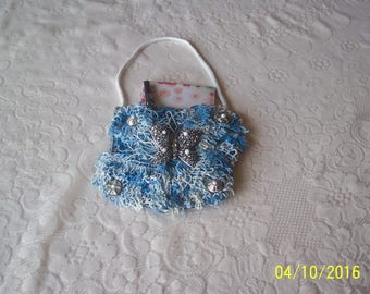 Pad Pocket with blue lacey doily with notepad and pen. Free Shipping in U.S.