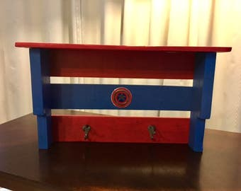 Captain America Pallet Shelf / Coat Rack