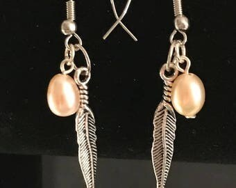 Feather Pearl dangle Earrings