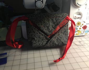 Black and Red Origami Drawstring Bag