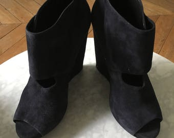 PIERRE HARDY / Low wedge boots Navy Blue
