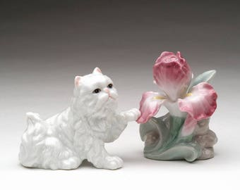 Persian Cat Salt and Pepper Shaker Set