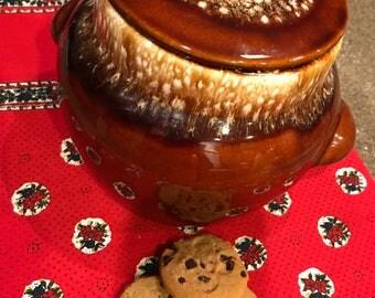 Kathy Kale Brown Drip Bean Pot / Cookie Jar, Pottery, Hull, McCoy,  Vintage 1960