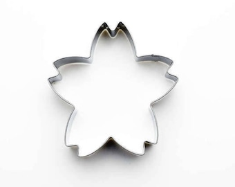 Sakura Cookie Cutter- Fondant Biscuit Mold - Pastry Baking Tool Set