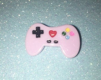 Lilac Playstation Brooch