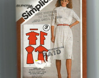 Simplicity Misses' Pullover Dress Pattern 9830