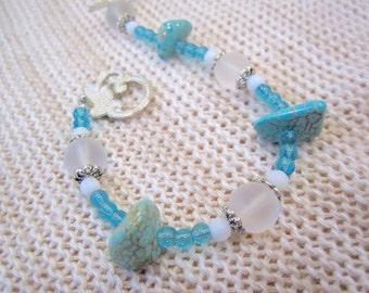Turquoise nugget bracelet with white sea glass / Blue, aqua beaded women's jewelry