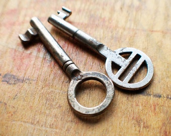 Antique Skeleton Keys - Stars and Stripes // New Year Sale - 15% OFF - Coupon Code SAVE15