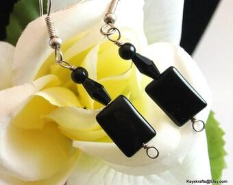 Black Lucite Dangle Earrings, Vintage Black Earrings, Black Dangle Earrings With French Hooks, 1970 Black Earrings