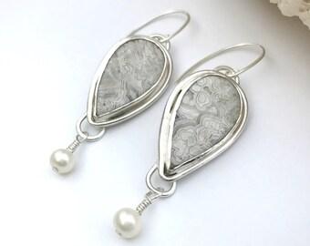 Grey and White Crazy Lace Agate Stone Earrings Artisan Silversmith Drop Earrings Freshwater Pearl Sterling Silver Bezel Set Agate Earrings