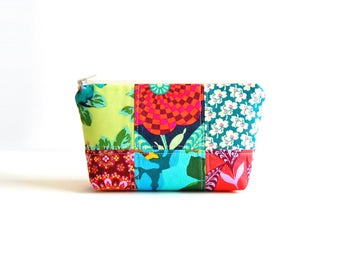 Zipper Pouch, Patchwork, Makeup Bag, Cosmetic Case, Toiletry Storage, Women and Teens, Amy Butler Eternal Sunshine