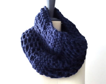 Baby Alpaca Snood / Neck Warmer / Infinity Scarf. Hand Knit. Midnight / Indigo Blue. Men / Women. Urban Style. Winter.