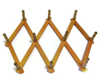 Vintage Peg Rack | Scissor Style Expansion Peg Rack