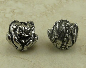 Gargoyle Green Girl Bead - Laughing Protection Medieval Gothic Notre Dame Gothic Grotesque American Artist Made Lead Free Pewter Silver 175