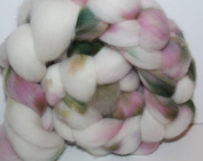Kettle Dyed Falkland Wool Top.  Soft and easy to spin. 4oz  Braid. Spin. Felt. Roving. F68